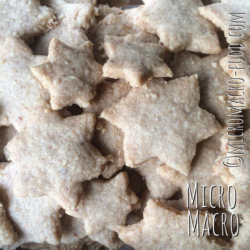 biscotti-natalizi-alle-nocciole-nuss-sterne-micromacro-food