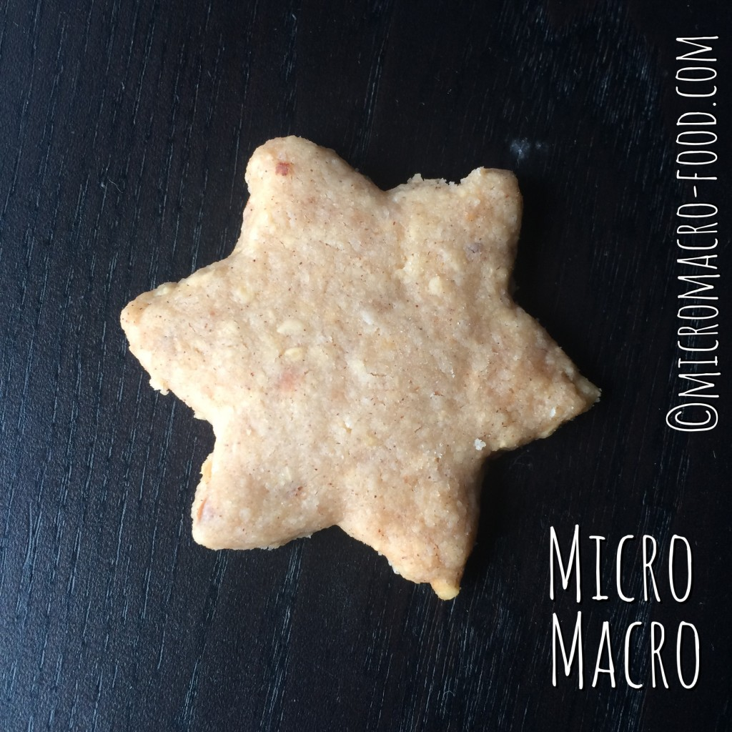 biscotti-natalizi-alle-nocciole-nuss-sterne-stella-natale-micromacro-food